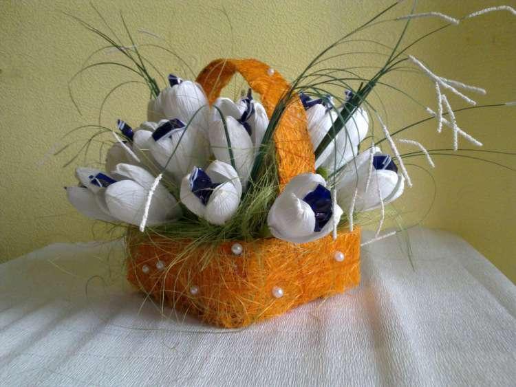 Корзинки цветов из конфет своими руками