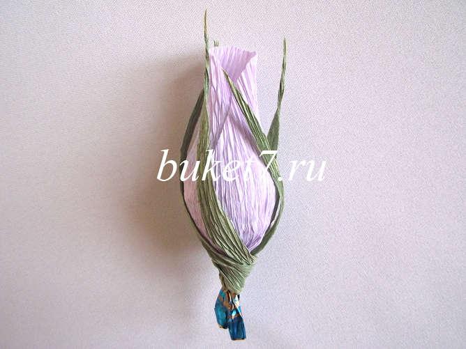 Бутон розы из гофрированной бумаги  фото