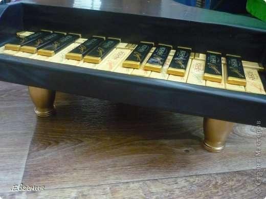 Рояль из конфет мк5