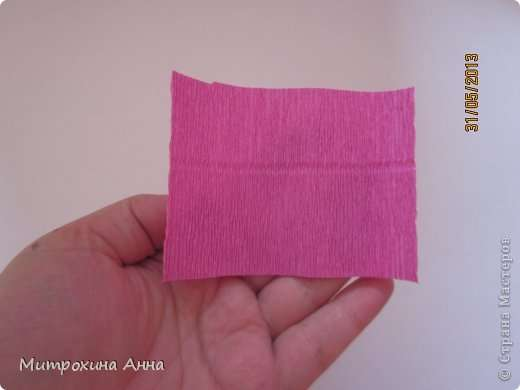 Как сделать английскую розу из гофрированной бумаги Шаг 3