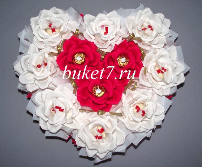 Сердце из конфет МК